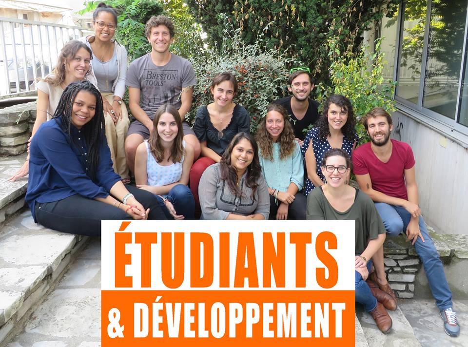 Étudiants et développement