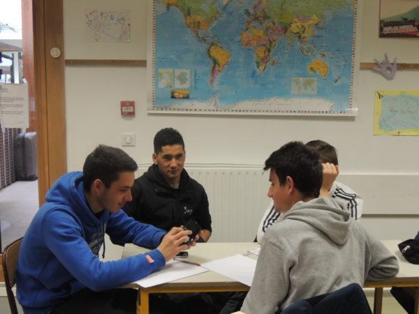 Carnet d'exil, un projet solidaire avec Khairollah (un jeune Afghan)